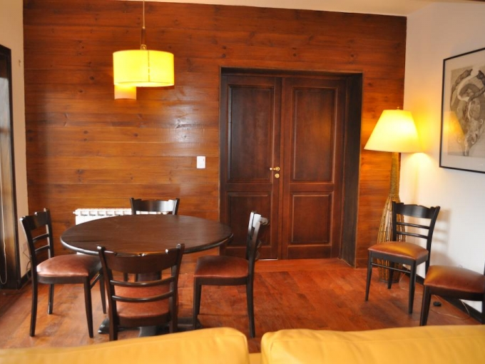 DEPARTAMENTO EN EL COMPLEJO ARELAUQUEN GOLF Y COUNTRY CLUB